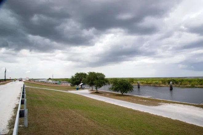 Lake O rim canal