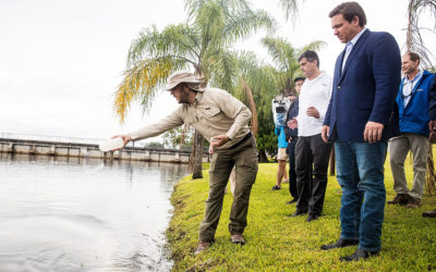 Gov. DeSantis Takes a Look at Pilot Algae Treatment in the Caloosahatchee